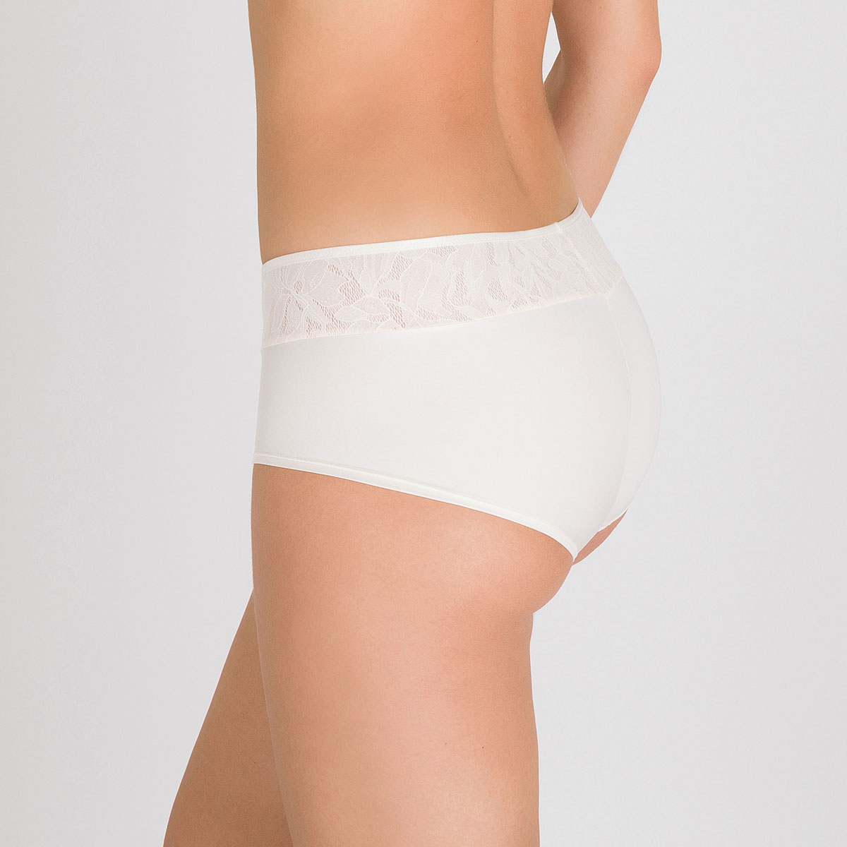 Shorts in White Blush - Ideal Beauty Lace, , PLAYTEX