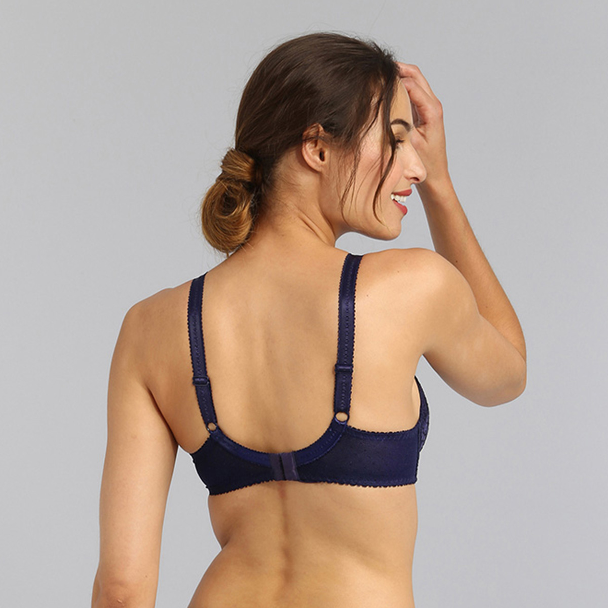Underwired bra in navy Classic Lace Support, , PLAYTEX