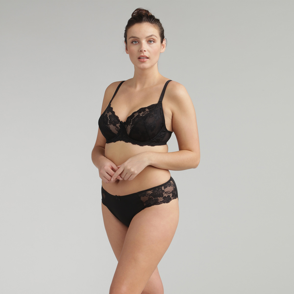 Braga de encaje mini negra Essential Elegance , , PLAYTEX