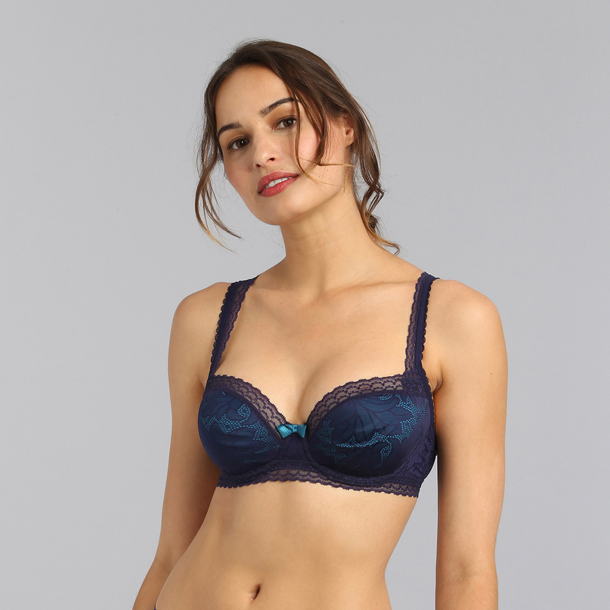 Balcony bra in navy blue Invisible Elegance, , PLAYTEX