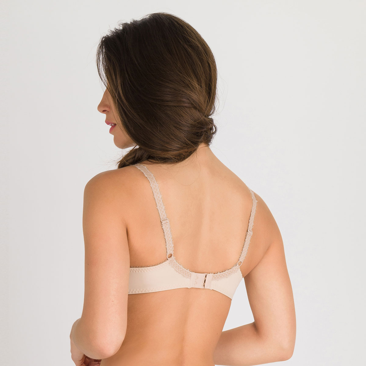 Full Cup Bra in beige Flower Elegance, , PLAYTEX