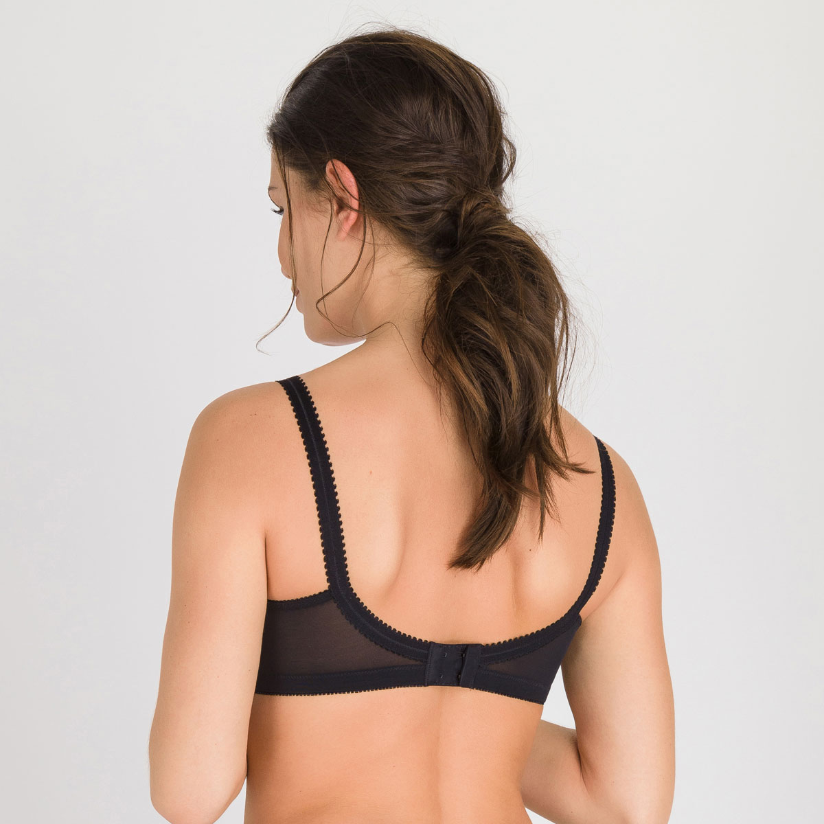 Non-wired Bra in Black – Cross Your Heart 556-PLAYTEX
