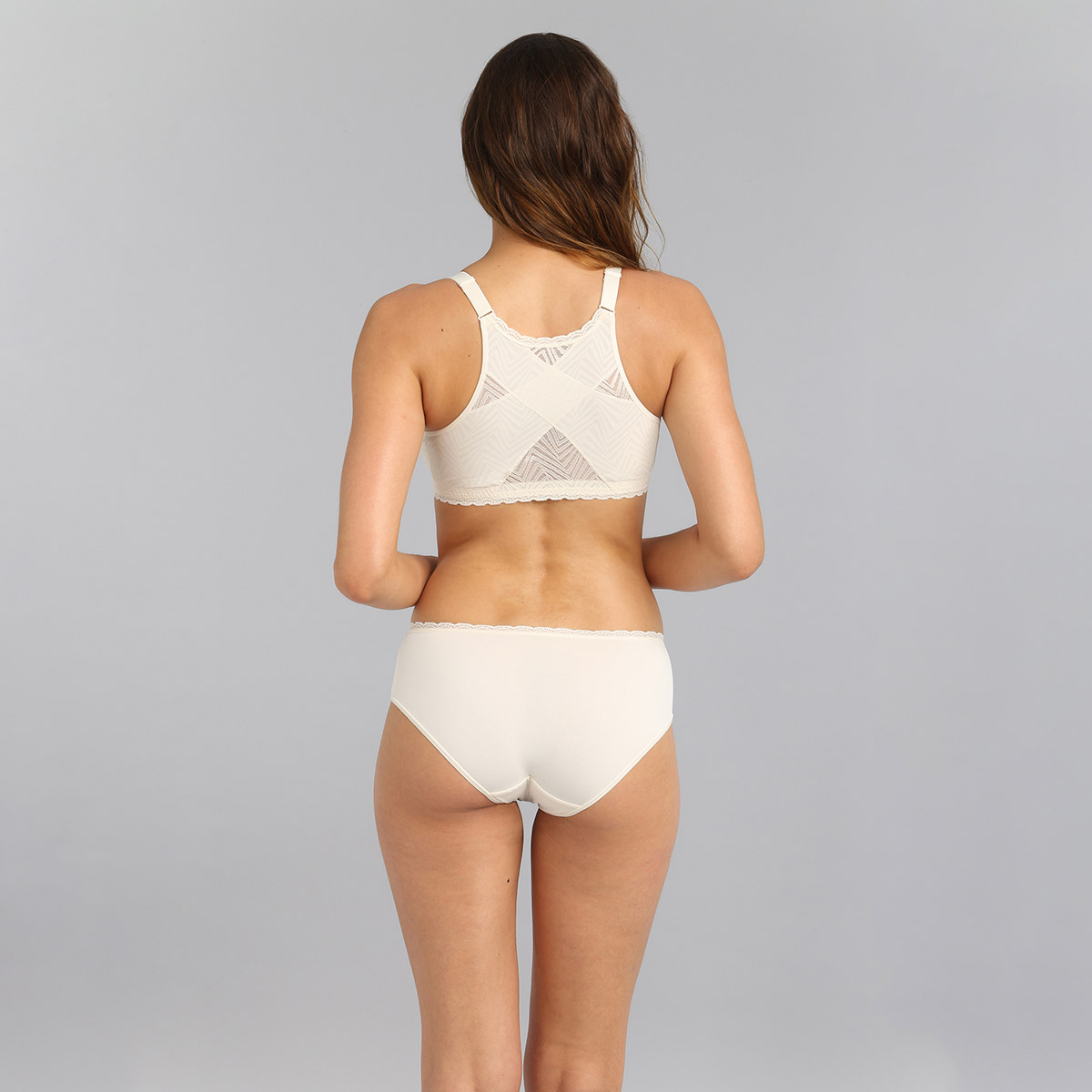 Non-wired front closure bra in antique white Ideal Posture, , PLAYTEX