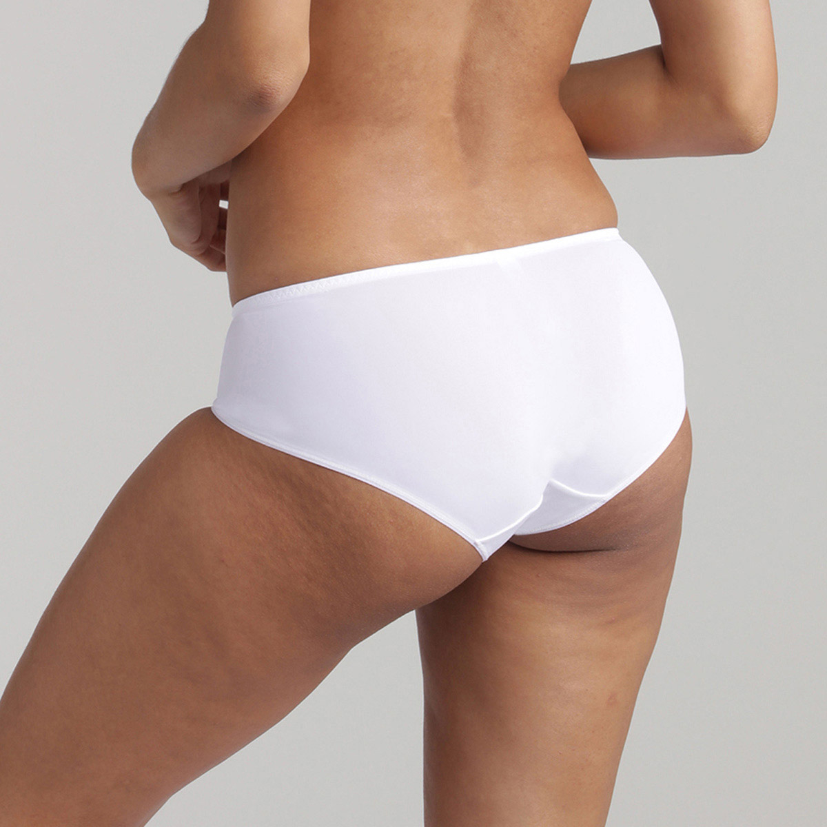 Midi knickers in white Essential Elegance Embroidery, , PLAYTEX