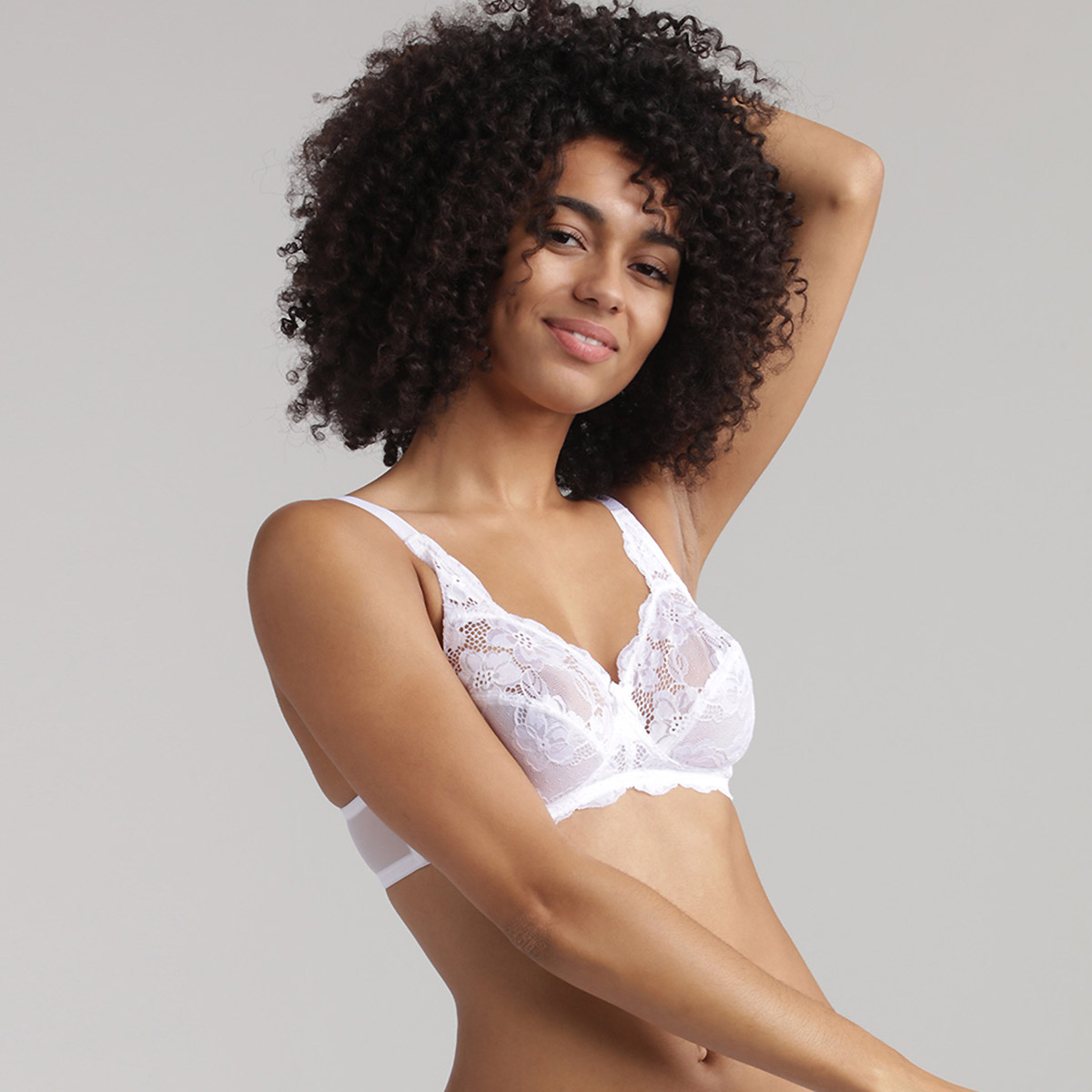 Non Wired Bra in White Lace Essential Elegance, , PLAYTEX