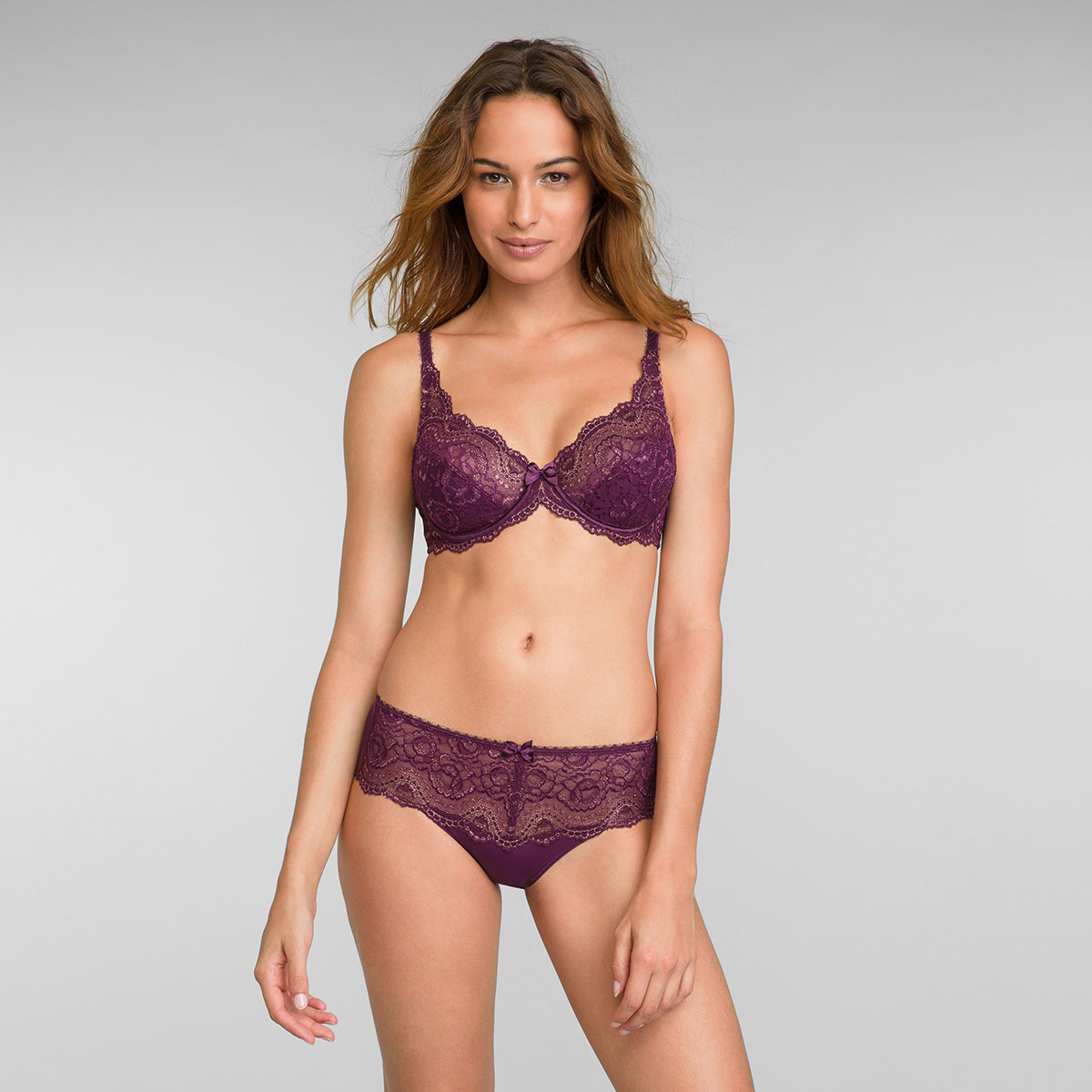 Full Cup Lace Bra in Dark Berry Lurex Flower Elegance, , PLAYTEX