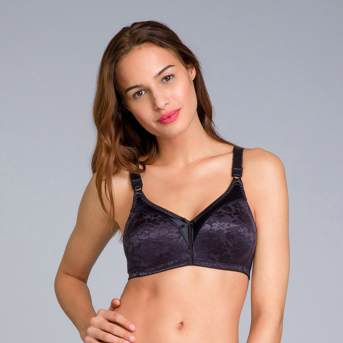 Non-Wired Full Cup Bra in Black - Double Support-PLAYTEX