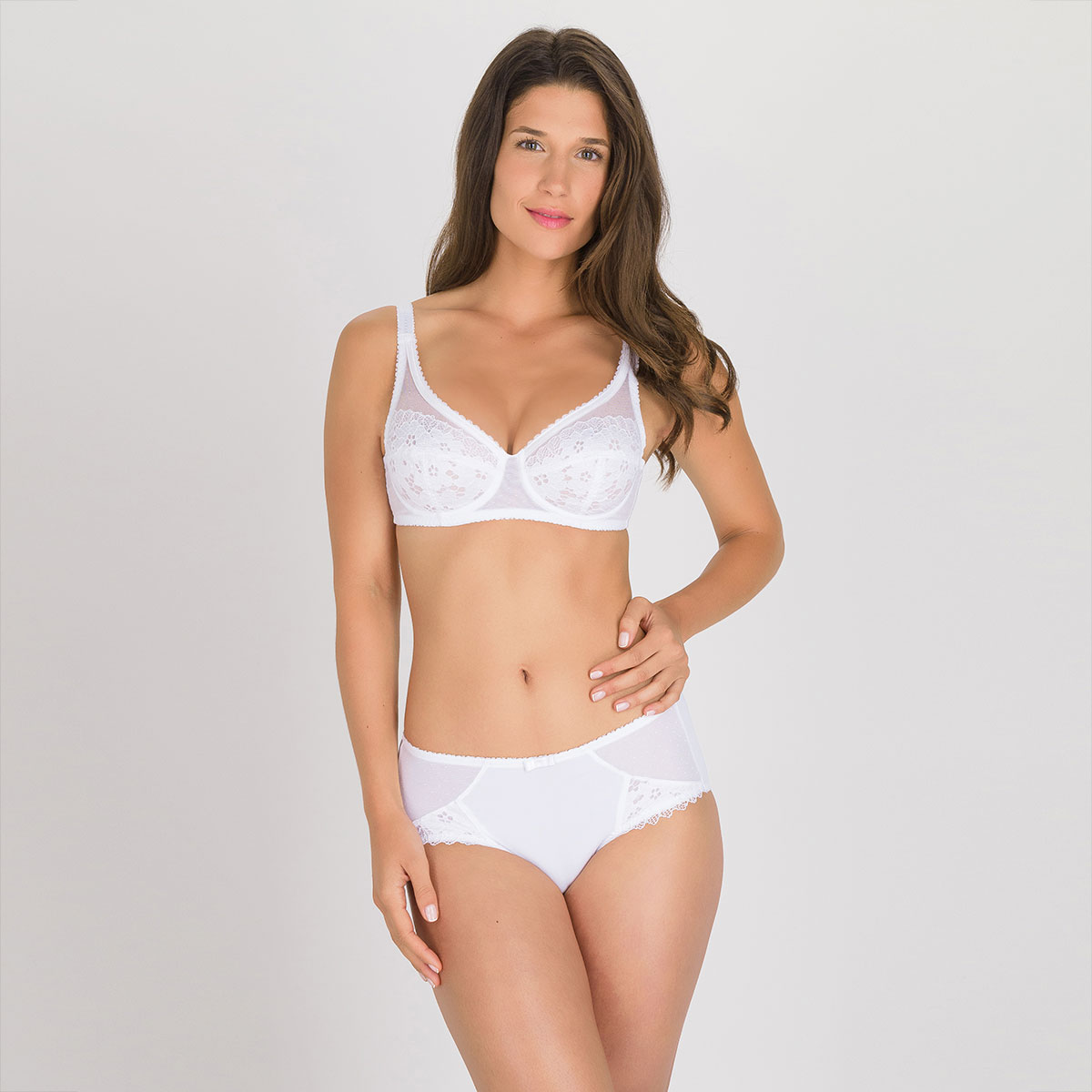 Full Cup Bra in White – Classic Lace Support, , PLAYTEX
