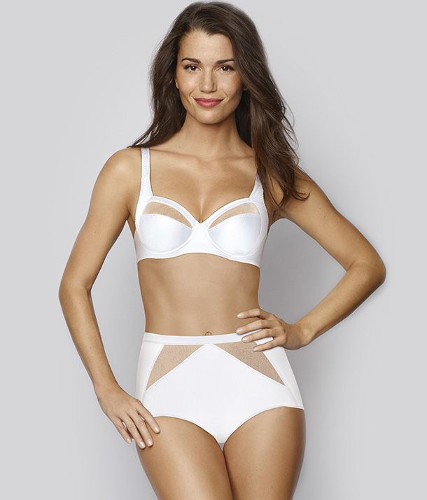 Lingerie sculptante Perfect Silhouette de Playtex